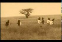 Охотники-масаи с копьями