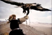 Монгольский охотник с орлом