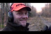 Охотник на лис в красной шапке